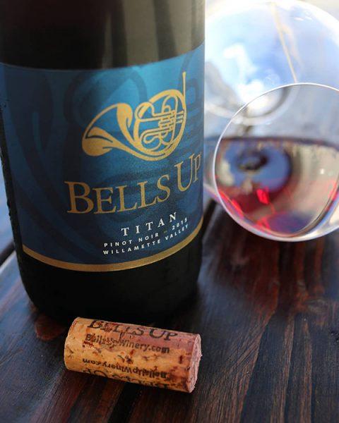 Winery Reflections Reviews 2015 Titan Pinot Noir