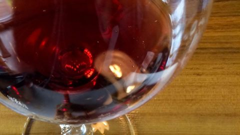 Winerabble reviews Bells Up's 2014 Titan Pinot noir