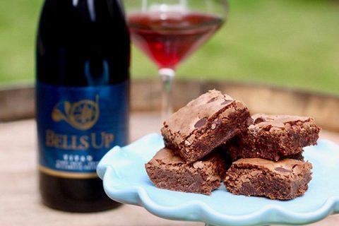 Urban Bliss Life Uses Bells Up Titan 2015 Pinot Noir in Decadent Brownie Recipe