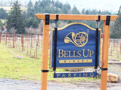 """Vino-Sphere's Feature Story Calls Bells Up """"A Micro-Boutique Winner"""""""